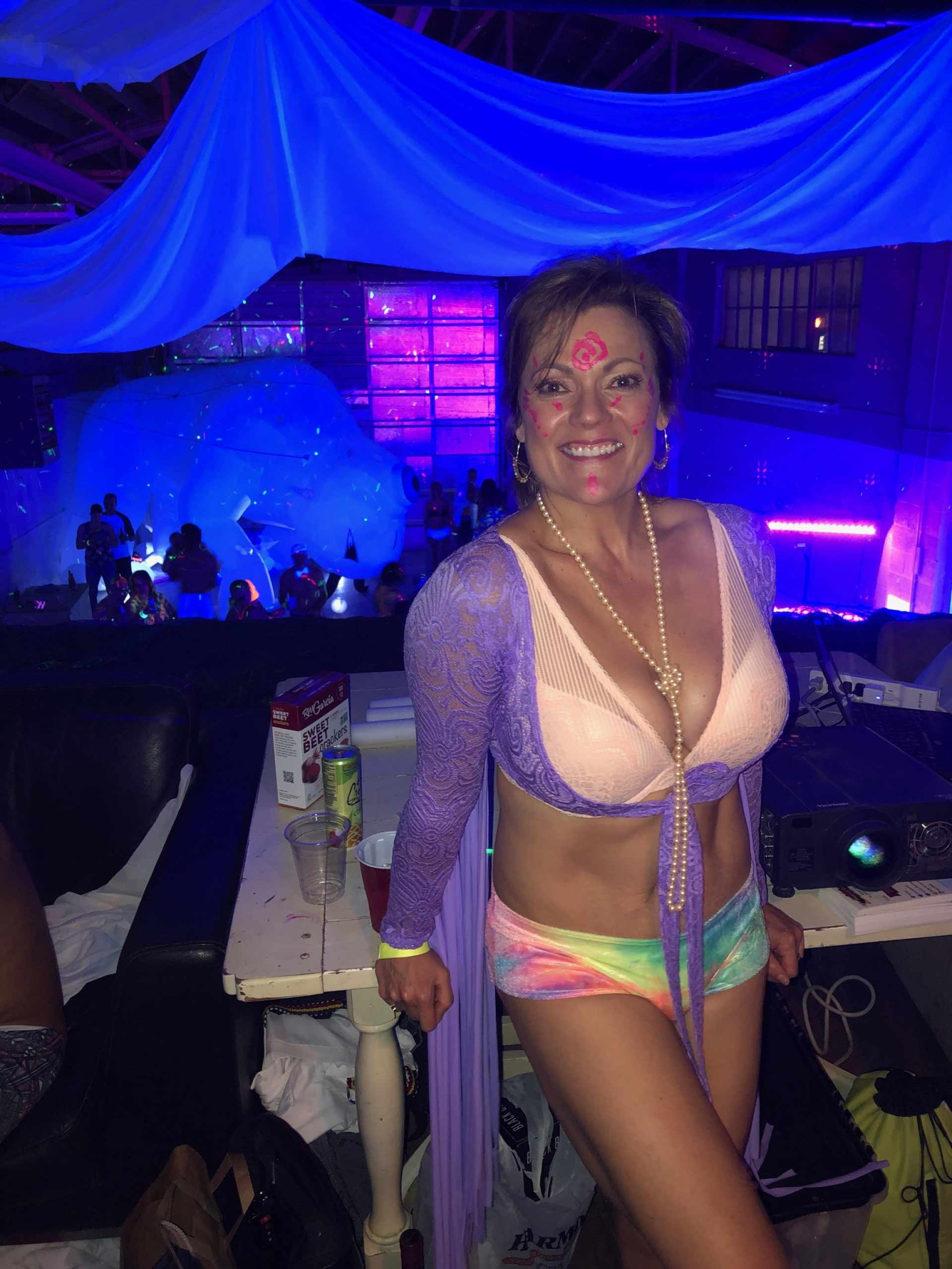Dr Cari Oneal Glow Party