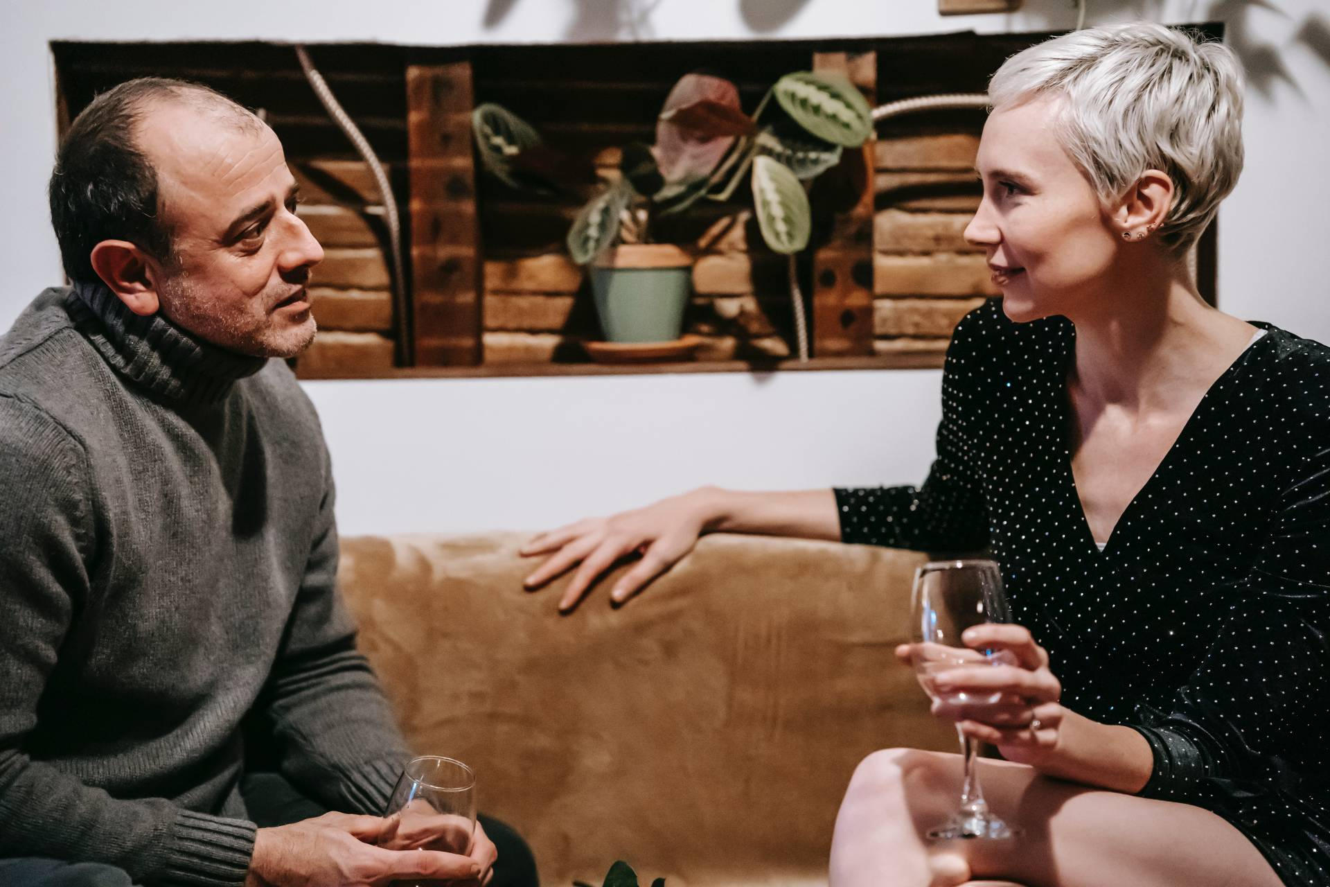 LS Couple Communicating