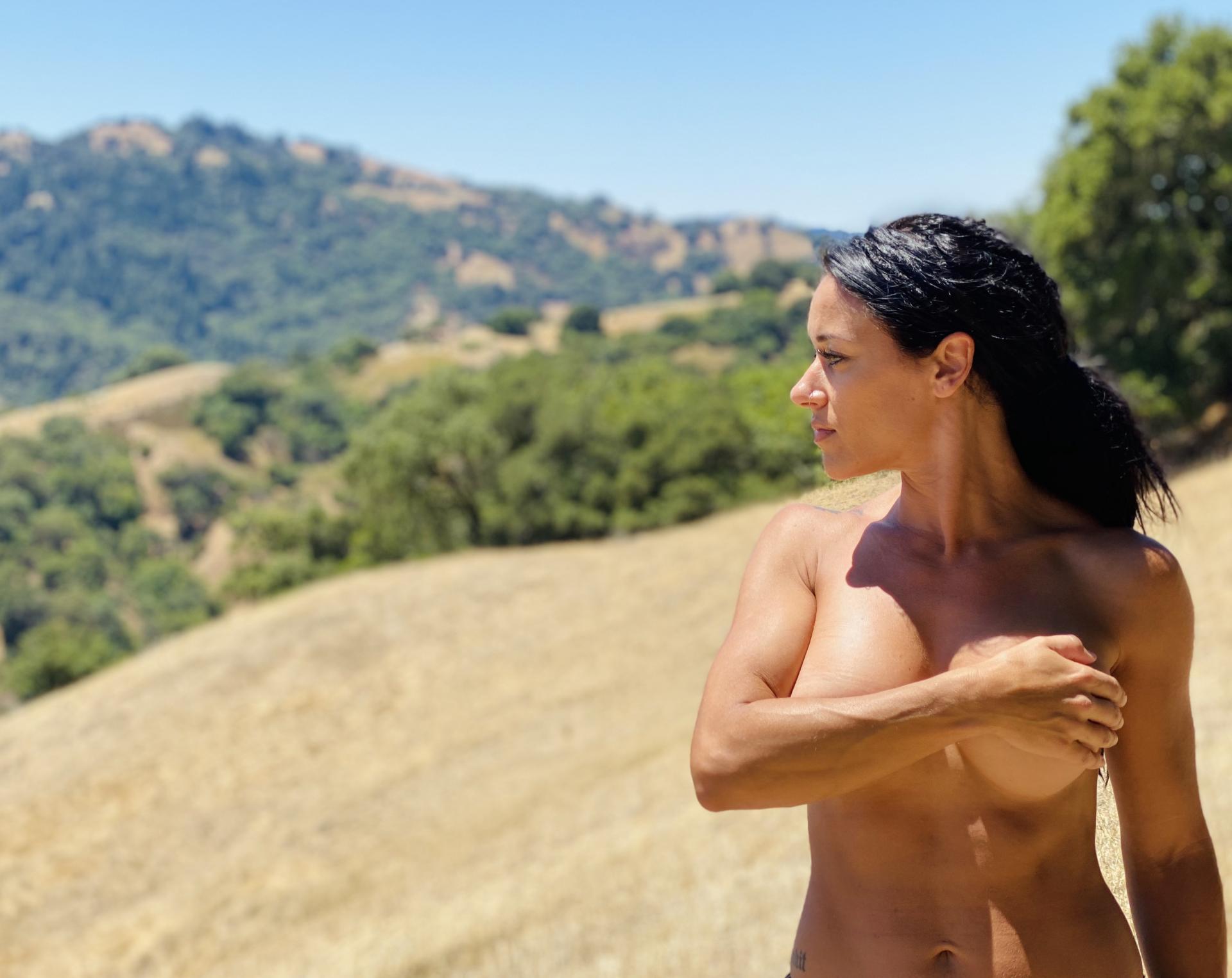 Aubrey Maverick Naked in Nature