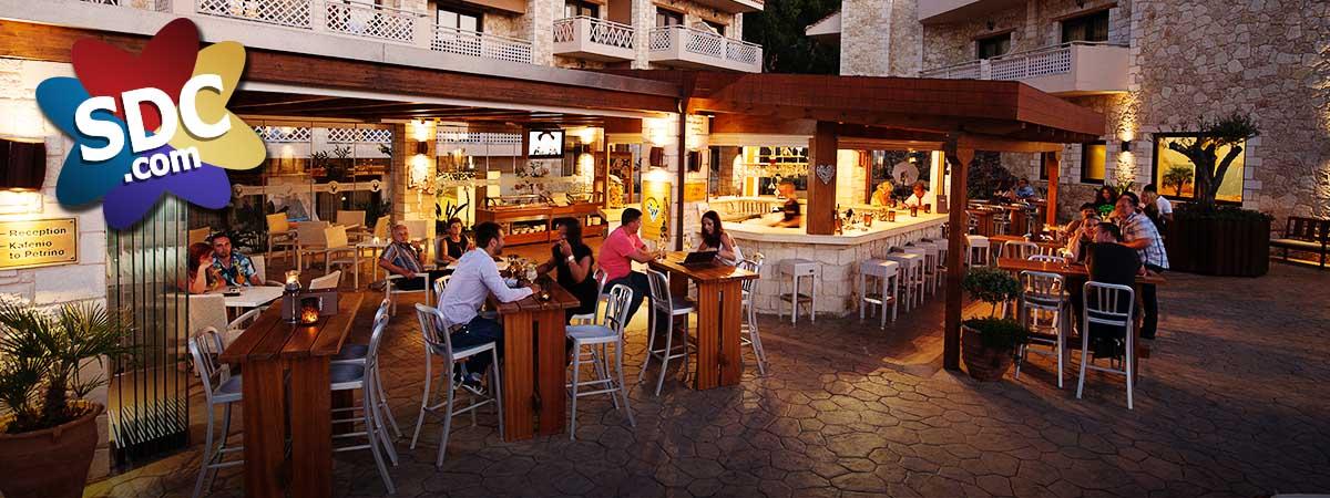 7-SDC-Crete-Pool-Bar