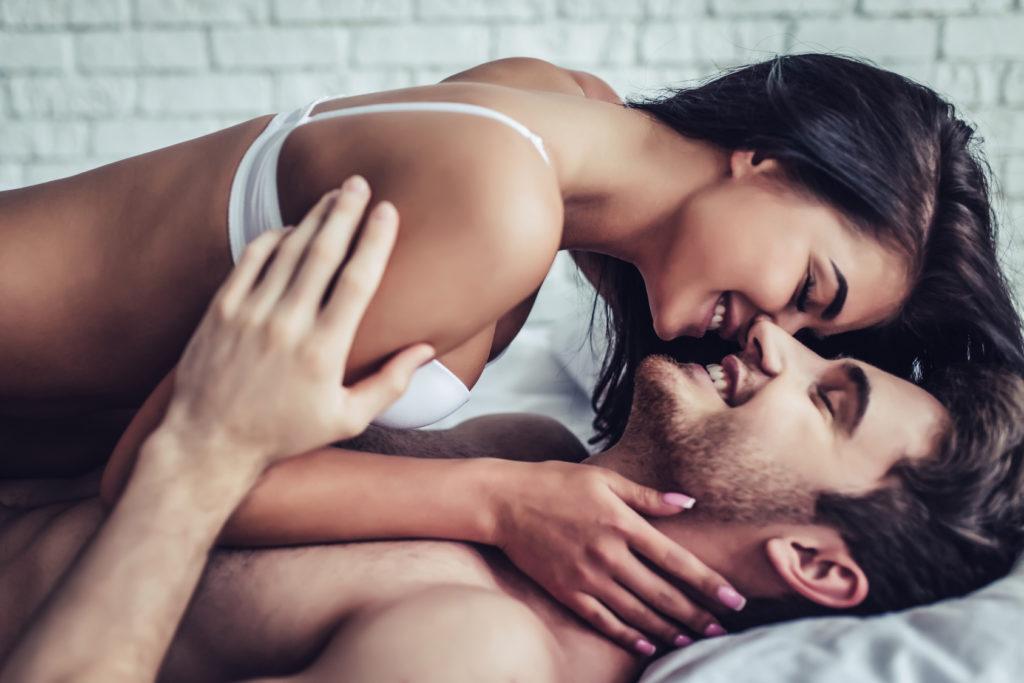 говорит яркий секс немецкой пары естественно, одной