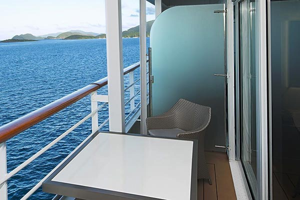 continent-suite-balcony_room_600x400