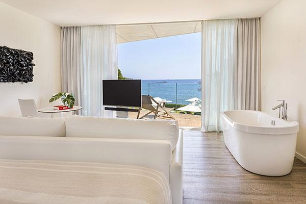 ibiza-room-5-chic-suite-1