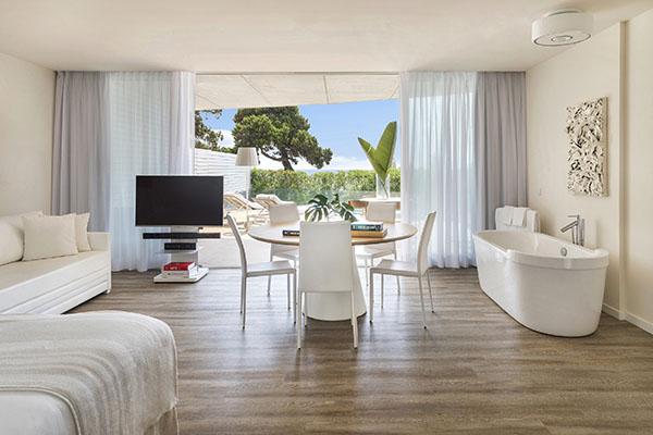 ibiza-room-5-chic-suite-7